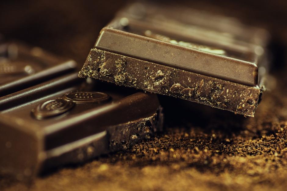 ダイエット中は高カカオチョコレートなら食べられる?チョコレートを食べる時に気をつけたいポイント