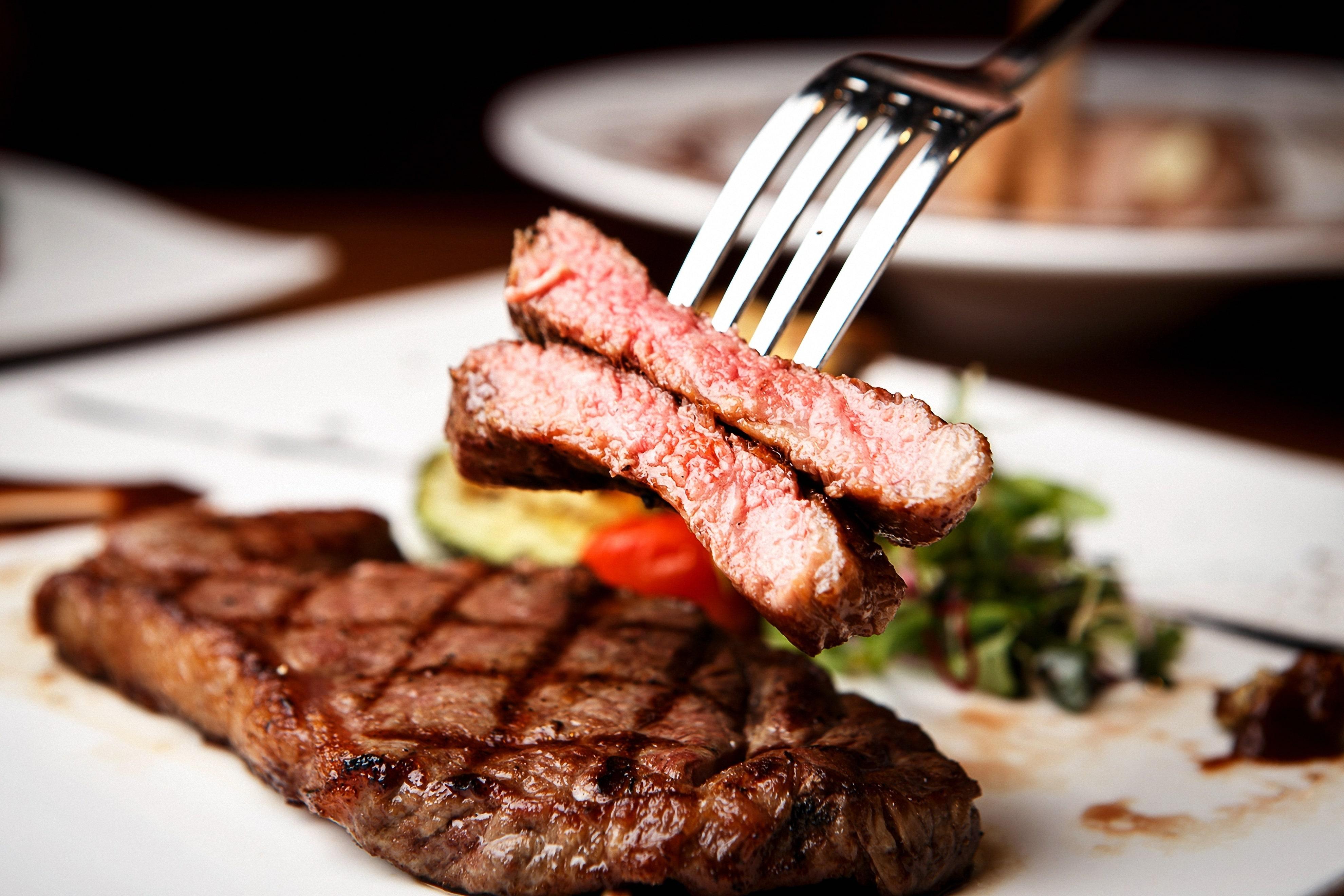 糖質制限におすすめなのがステーキ