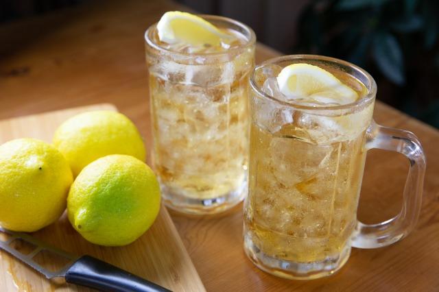 筋トレとアルコールの関係性とは?飲酒が身体に与える影響を解説
