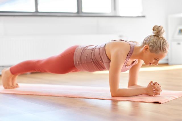 自重トレーニングで理想の身体へ!効果的な頻度・取り組み方とは
